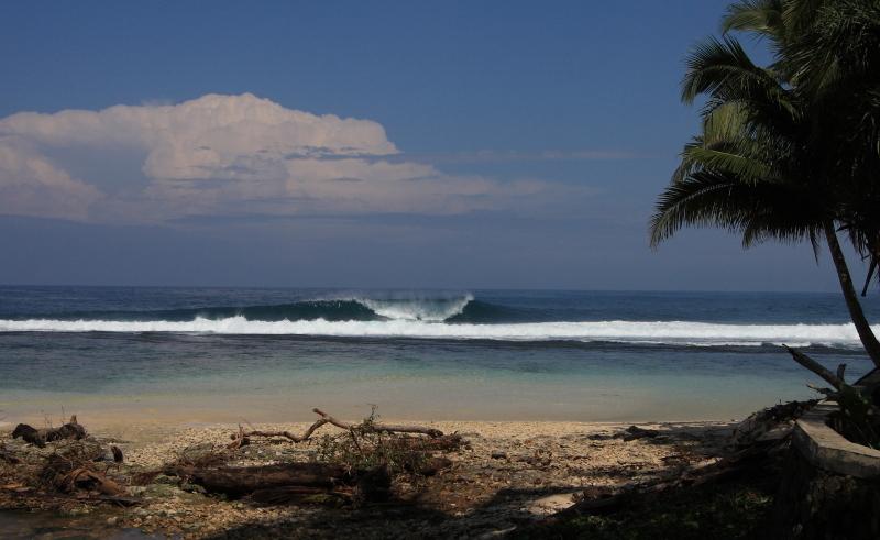 Honey Smacks surfbreak South Sumatra